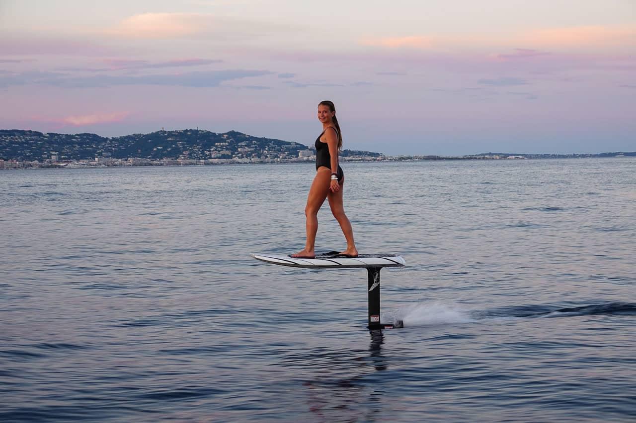 surf électrique à foil