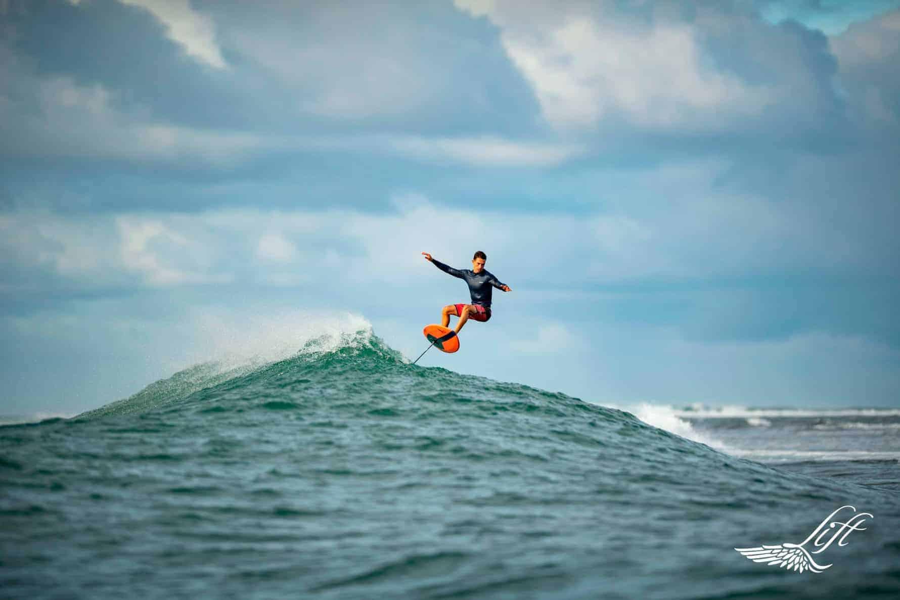 surf foil lift